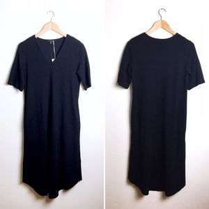 COS • Black Knit V-Neck Shirt Dress W/ Pockets XS